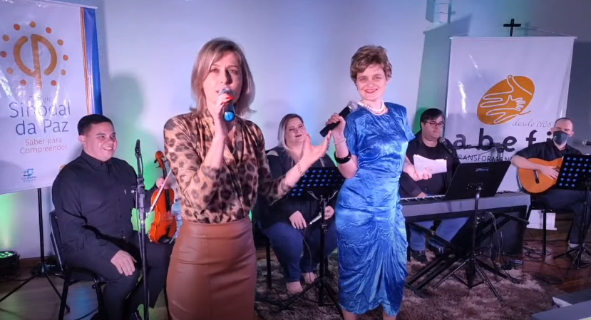 I Live dos professores de música e teatro do Sinodal da Paz